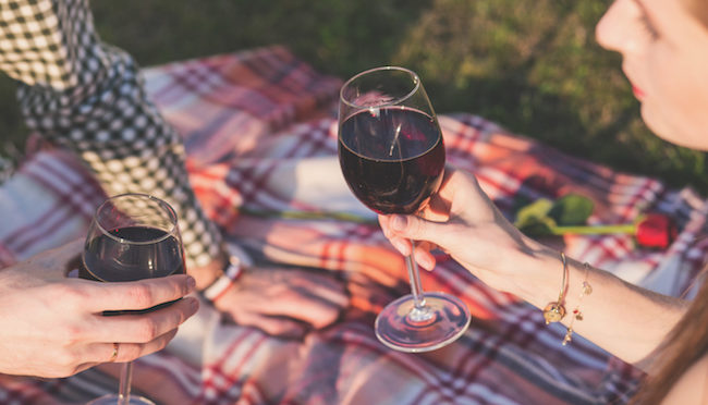 5 Warning Signs You're Married to an Alcoholic